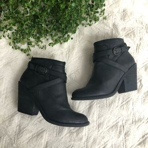 Lucky Brand Heeled Buckle Black Leather Booties
